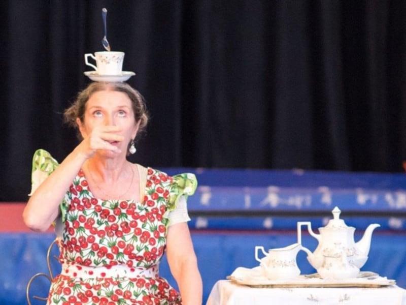 The Classics, Sue Broadway's Tea Ceremony